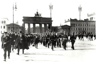 Aufzug der Wache am Brandenburger Tor