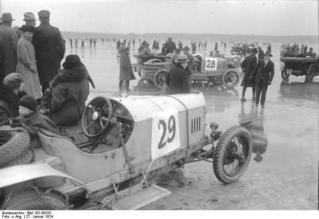 Motorrennen auf dem Wannsee