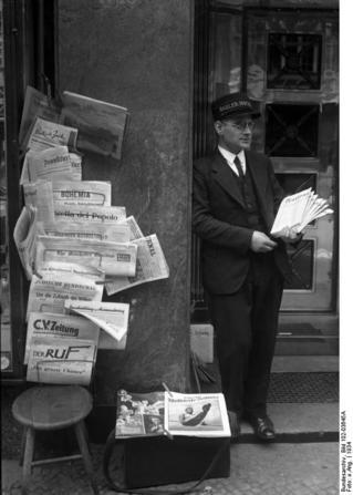 Jüdischer Zeitungshändler